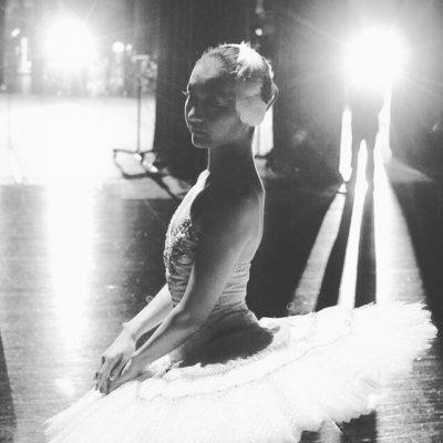 横浜で「瀕死の白鳥」を10年踊り続けて